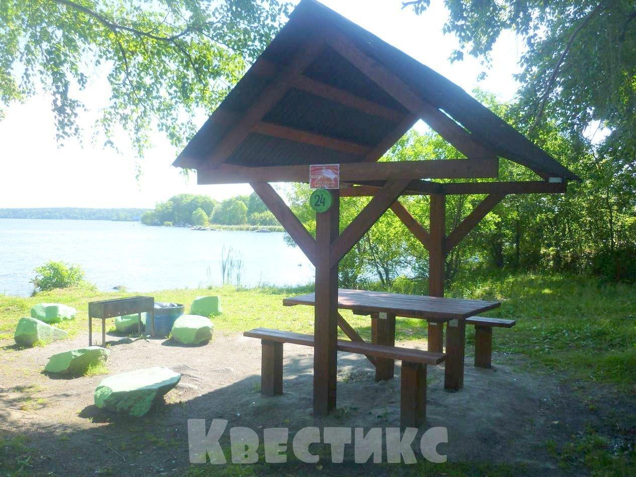 Беседка № 24 парк отдыха каменный пляж на озере Шарташ