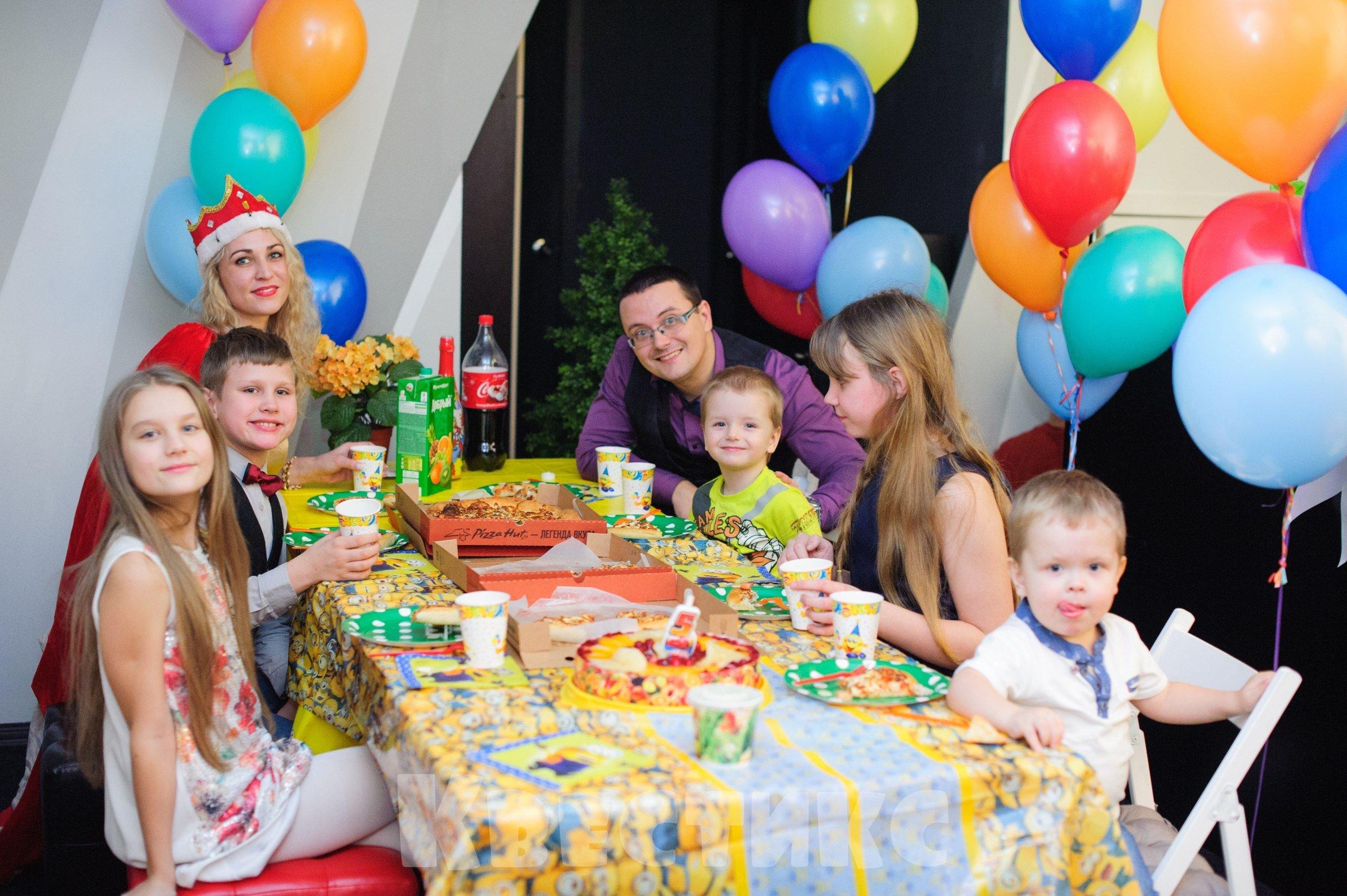 Чайная комната для празднования детского дня рождения